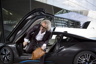 BMW i8 commercial launch <br>Thomas Gottschalk BMW Welt München <br>for BMW GROUP